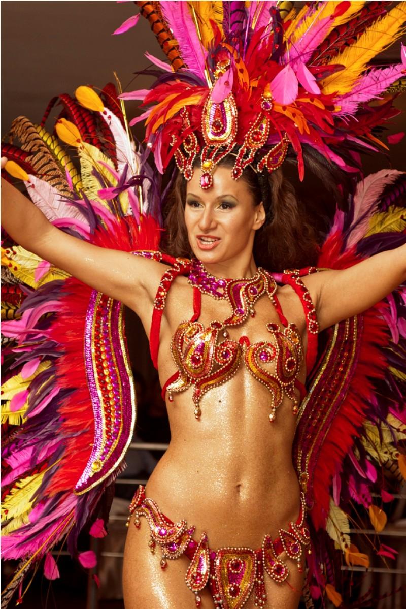 187Бразильский карнавал голые сиськи